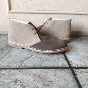 Robert Wayne men's suede boots